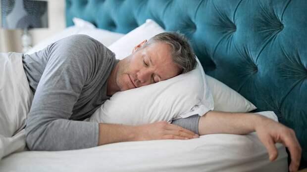 Повод насторожиться: длительный сон назвали признаком опасных болезней