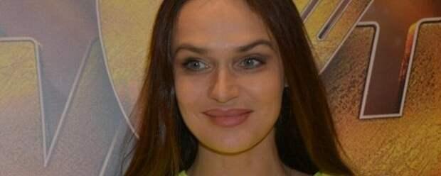 Алена Водонаева впервые вышла в свет после микроинсульта