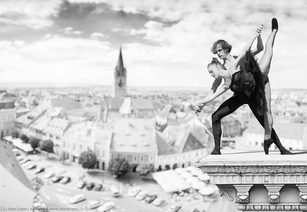 ФОТОВЫСТАВКА. Akira Enzeru: балерины повсюду