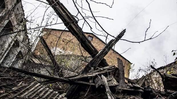 В Карелии 15-летнего подростка убила рухнувшая стена коровника