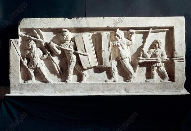 Батальная сцена на саркофаге из центральной Италии II–I веков до н. э. - Последний диктатор республиканской эпохи   Военно-исторический портал Warspot.ru
