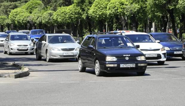 Требования к документации водителей автотранспорта в рамках ПДД изменились в Казахстане