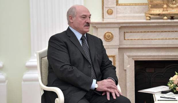 Эксперт: В январе Кремль принудит Лукашенко к выполнению сочинских договоренностей