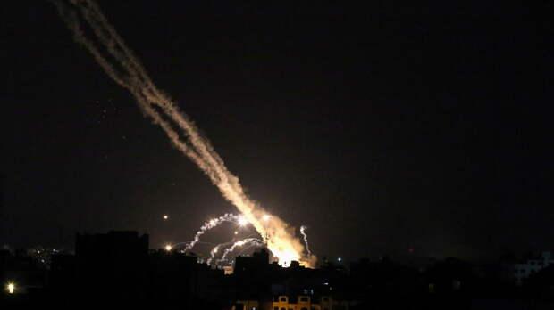 Израиль заявил о пуске 1,8 тысячи ракет из сектора Газа с начала обострения