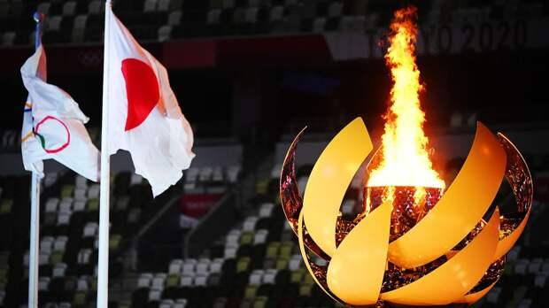 Олимпийский огонь погас через час после окончания церемонии открытия