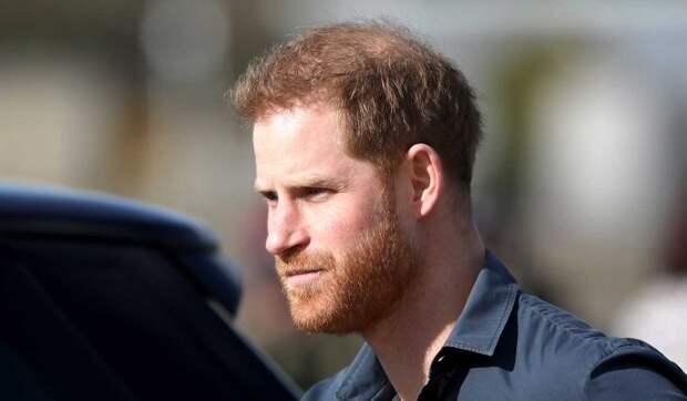 Теперь он никто: королевская семья дерзко указала место переехавшего в США принца Гарри