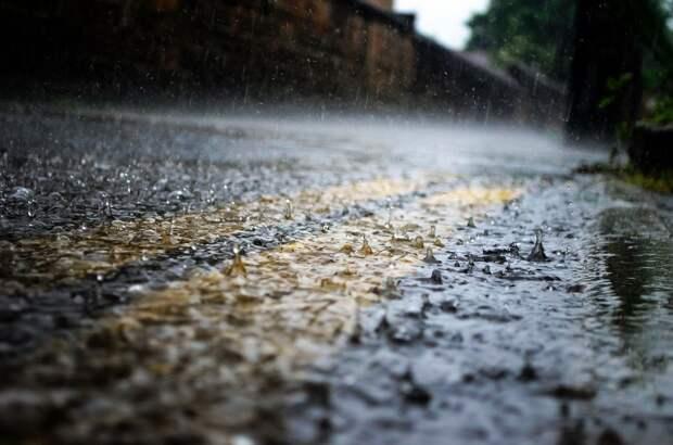 Ученые КФУ предложили поить крымчан дождевой водой