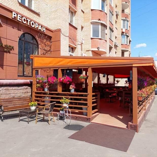 Летние веранды на Дубнинской будут работать до 1 ноября