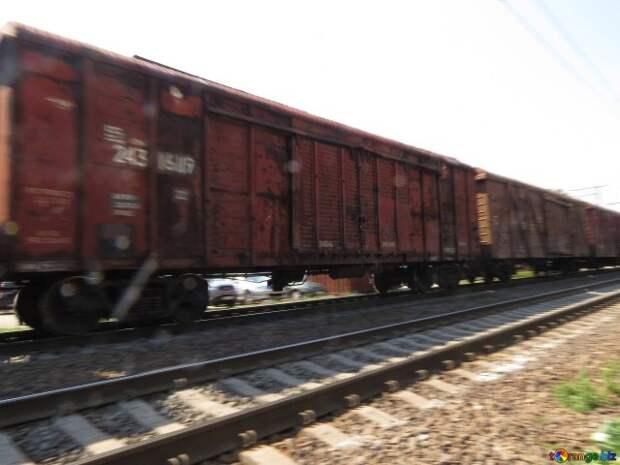 Через КПП «Гуково» проходят железнодорожные составы с неизвестными грузами
