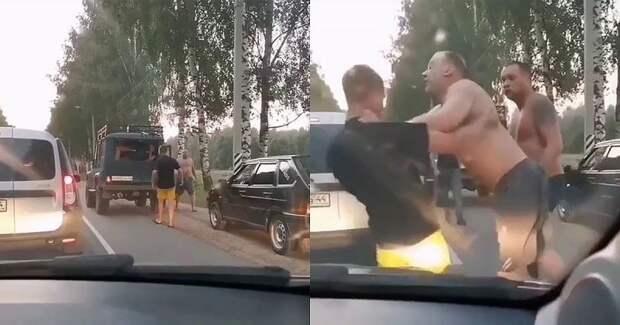 Отряд мужиков-рыбаков против обочечника вКостроме