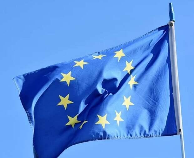 ЕС уверен, что Россия ведет политику по поглощению части Украины и ей надо противодействовать