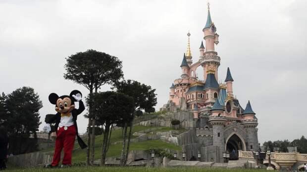 Спустя месяцы ожидания: в Париже снова открывается Диснейленд