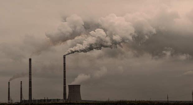 Путин подписал закон о квотах на вредные выбросы предприятий