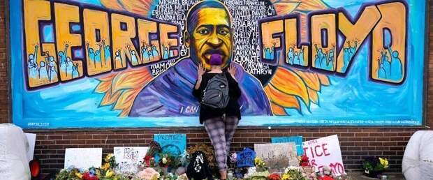 Причастным к смерти Флойда полицейским предъявили новые обвинения