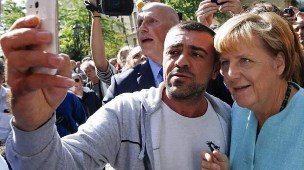 Меркель: Я не перенесу, если напавший на ярмарку в Берлине окажется беженцем
