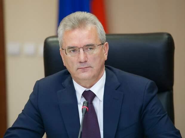 Экс-губернатора Белозерцева оставили в СИЗО еще на три месяца