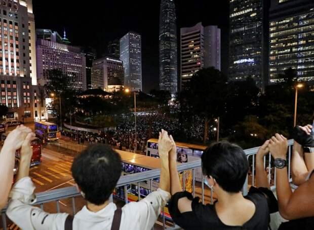 Власти Гонконга официально заявили об отзыве законопроекта об экстрадиции