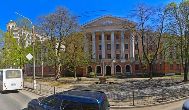 Ремонт никому не нужного здания в Симферополе обойдется в 322 млн руб