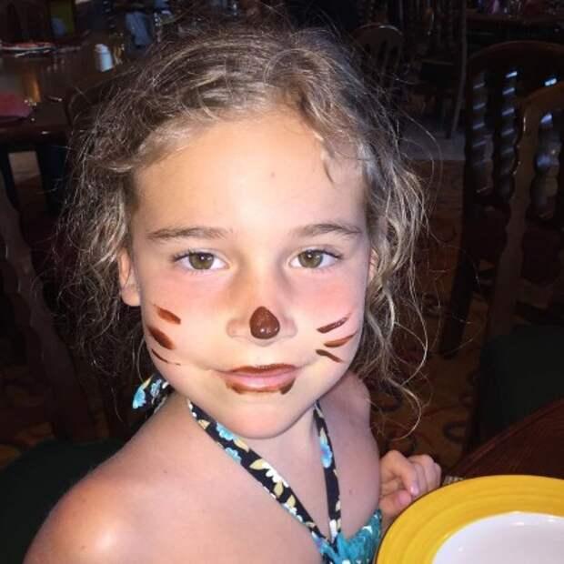 """Алсу поздравила дочь Микеллу Абрамову с днем рождения: """"Ты с мудростью преодолеваешь трудности"""""""