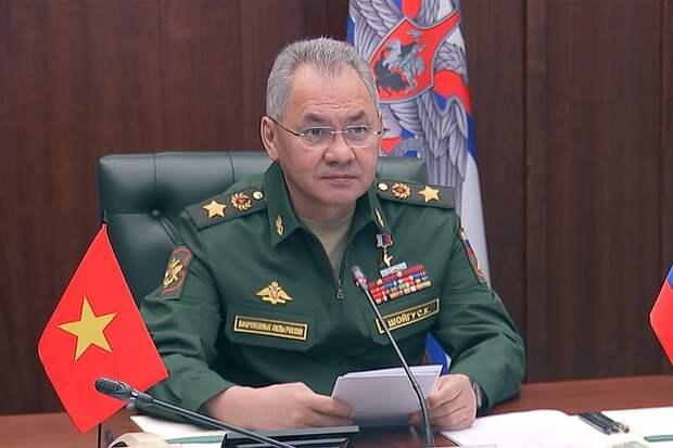 Шойгу провел переговоры с новым министром обороны Вьетнама