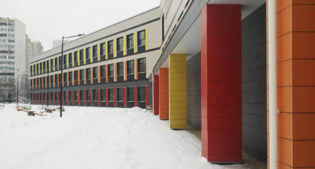 Почти 40 новых школ построят в Подмосковье в 2021 году