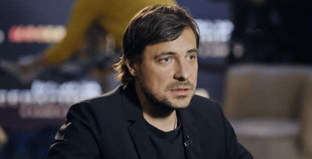 Евгений Цыганов объяснил, почему у одной из его дочерей другое отчество