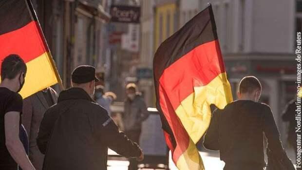 Русофобам из Германии запретили работать в России