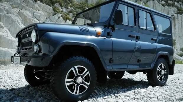Внедорожник «УАЗ-Хантер» продается на рынке Китая за 1,8 млн рублей