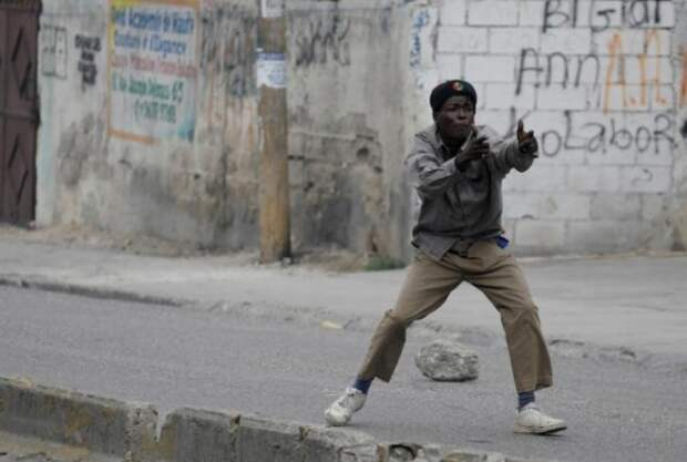 Так, а че там у нас на Гаити? Подборка свежих, февральских фото оттуда