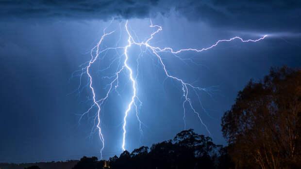 Московский ученый потерял память после удара молнии