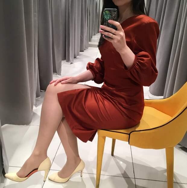 Женственное и модное весеннее платье. /Фото автора