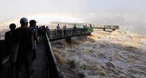 Iguazu 2 Захватывающие дух водопады Игуасу