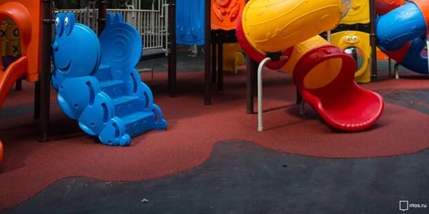 «Жилищник» починит детскую горку в парке имени Воровского до 14 мая