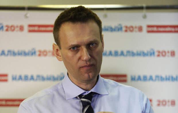 Путин лично распорядился отпустить Навального за границу