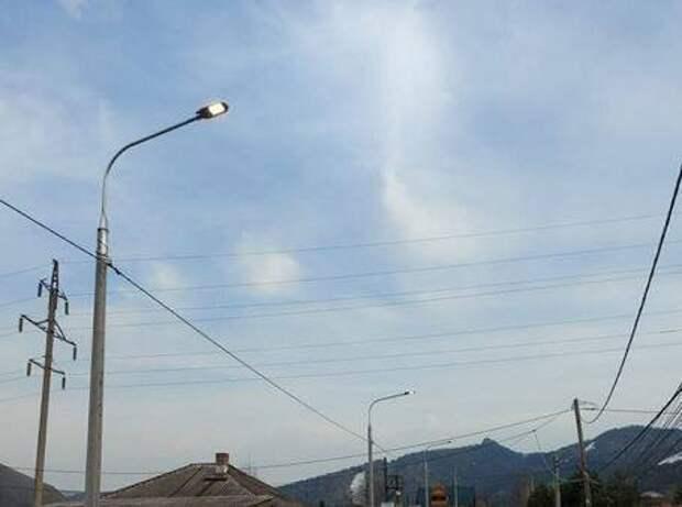 На улицах Красноярска устанавливают новые фонари