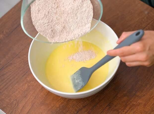 Полезный низкокалорийный пирог для любителей выпить чай с чем-нибудь вкусненьким перед сном