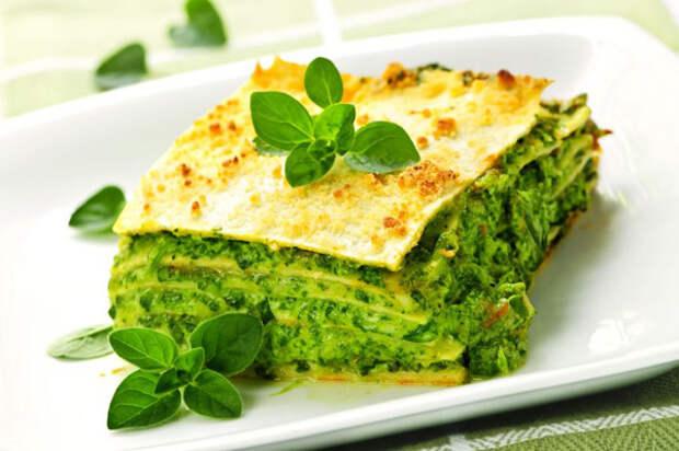 8 блюд, которые можно приготовить из шпината