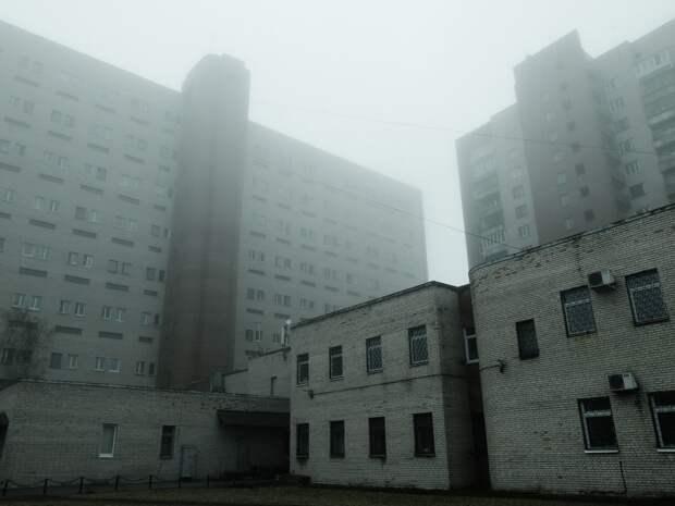 10 таинственных фото туманного Мурманска от фотографа Сергея Иуса