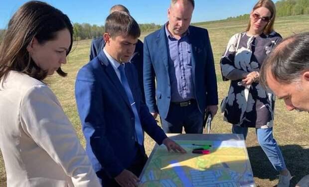 Мэр Омска посетила Тарский, Тевризский и Усть-Ишимский районы