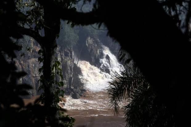 Iguazu 1 Захватывающие дух водопады Игуасу