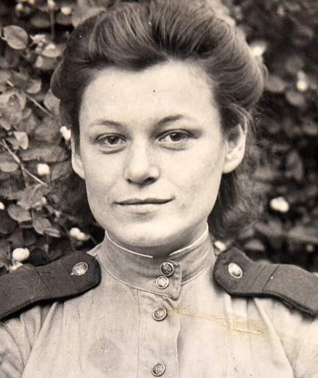 Одной из первых волнительную весть об окончании войны в Москву передала Любовь Нетупская