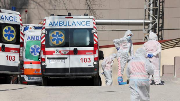 На Украине за сутки выявили 7562 случая коронавируса