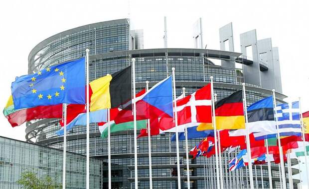 «Демократические принципы»: в Европарламенте составили рекомендации по поводу отношений с Россией