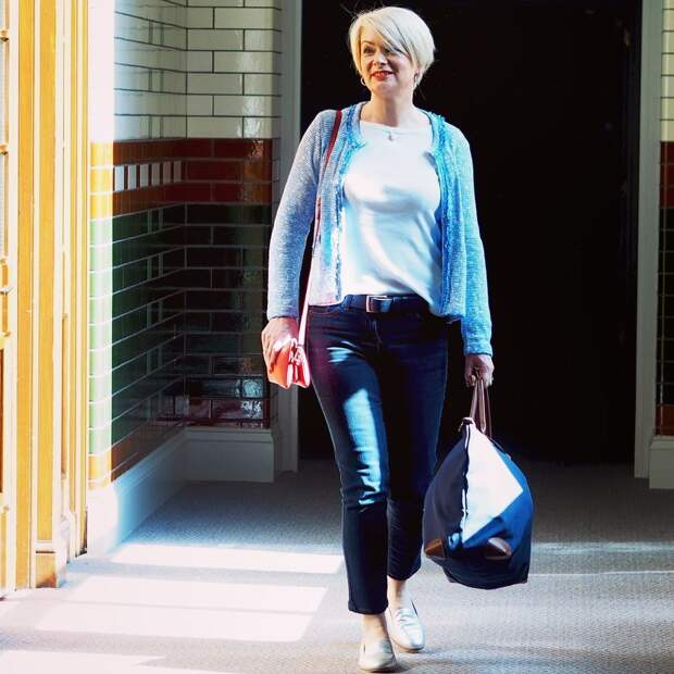 Укороченные джинсы : лучшие фасоны и 15 стильных образов