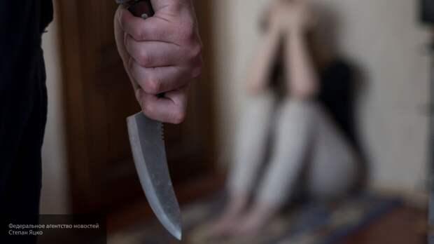 Муж порезал супругу на глазах у детей в Челябинской области