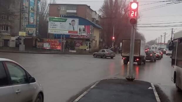Светофоры заменят начетырех перекрестках вТаганроге