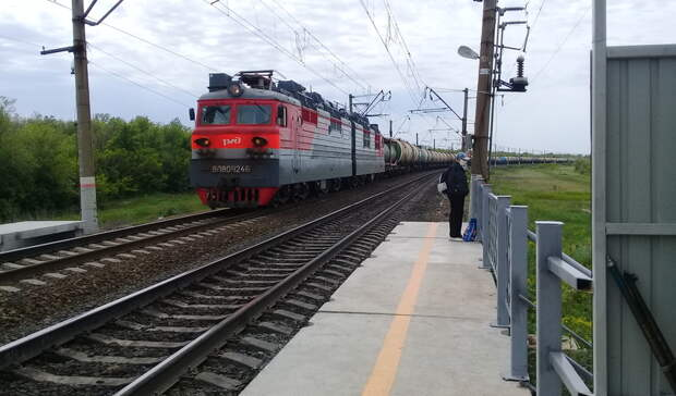На железной дороге в Оренбуржье за год снизились объемы погрузки