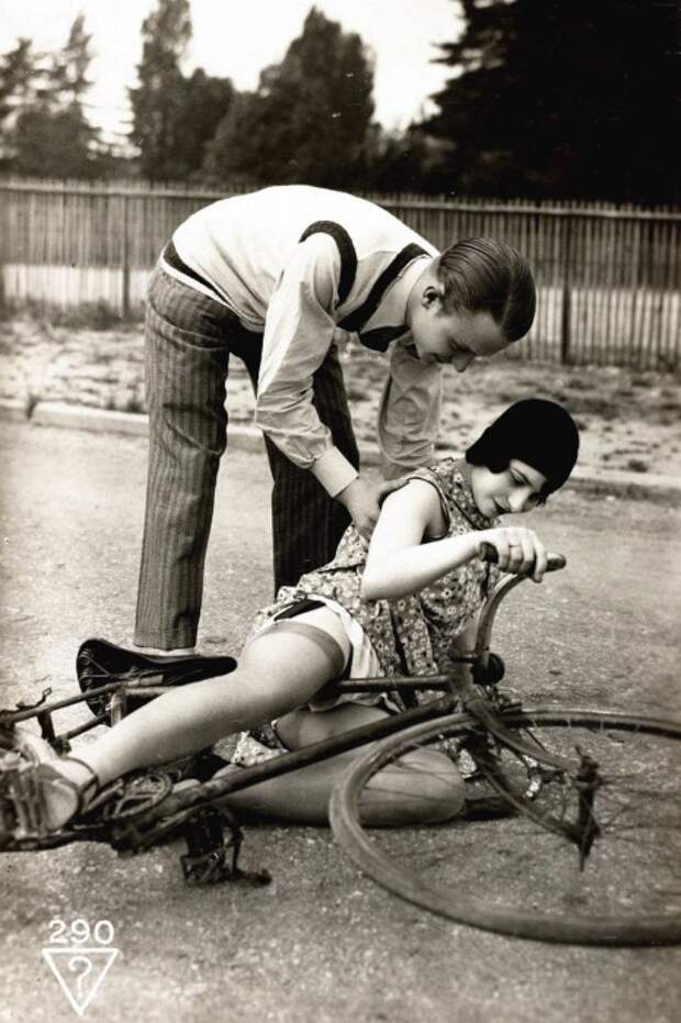 Эротика по-французски. Почтовые фото открытки.