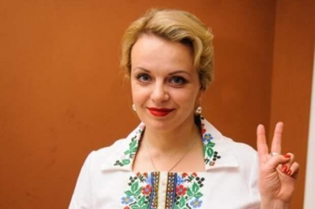 Ивано-Франковская певица Ирма Витовская требует выселять за пределы Украины всех, кто покупает билеты на концерты российских артистов