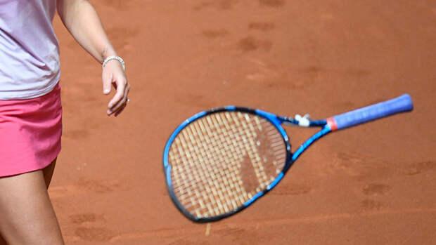 Тренер «Локомотива» избил 18-летнюю теннисистку ракеткой изабрал унее телефон